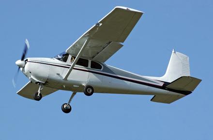 Cessna 182, Cessna 210