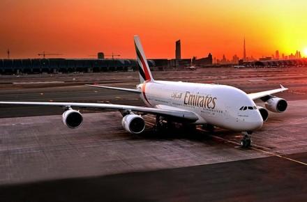 Airbus A380 el avion mas grande del mundo, Airbus A380 de Emirates