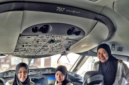 Tres mujeres piloto